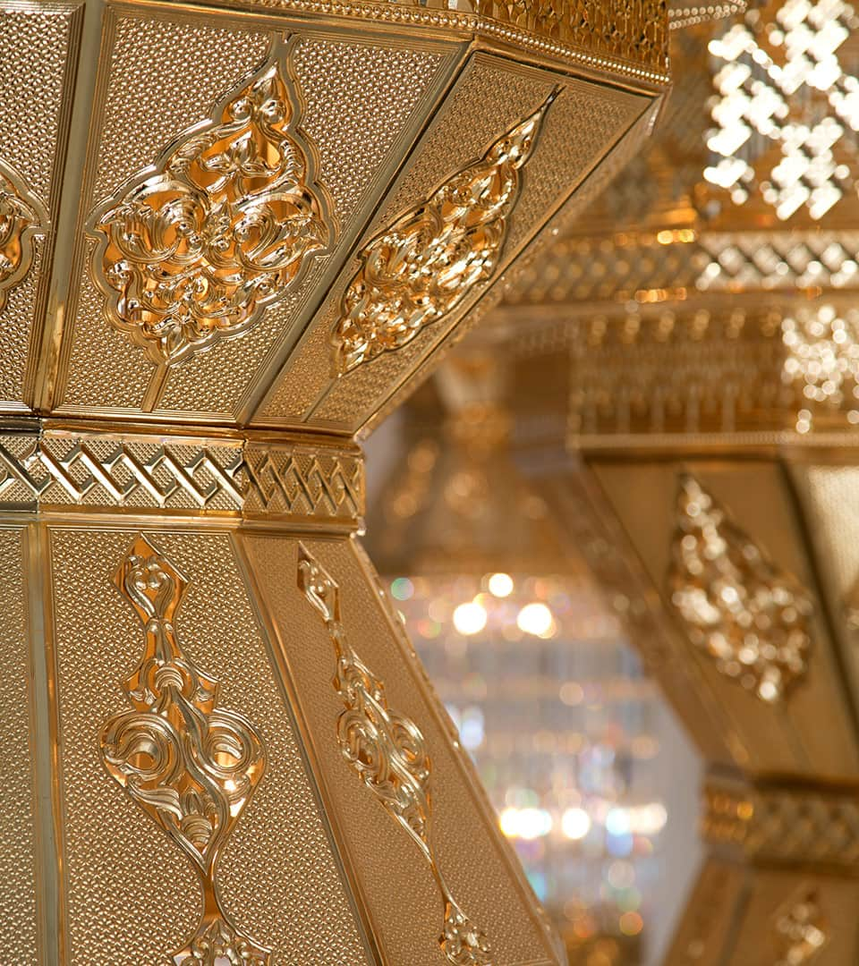 Mohammed Al Ameen Mosque in Muscat, Oman Grand Chandelier by Kny Design Austria
