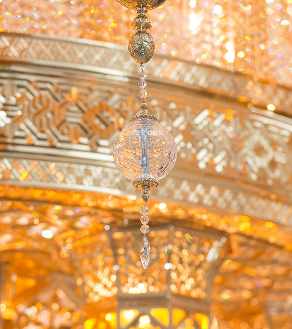 The Sultan Qaboos Mosque in Nizwa, Oman Grand Chandelier by Kny Design Austria